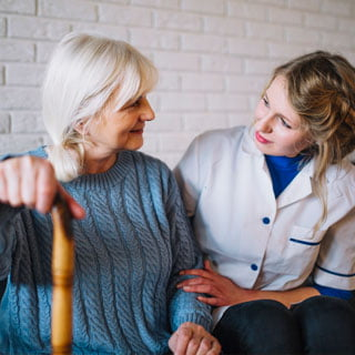 asistencia domiciliaria para ancianos en sevilla